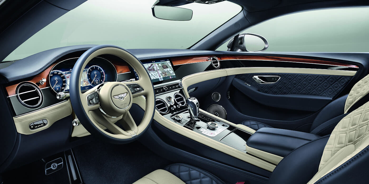 BENTLEY-CONTINENTAL-GT-V8-FRONT-INTERIOR-WITH-NEW-STEERING-WHEEL-20